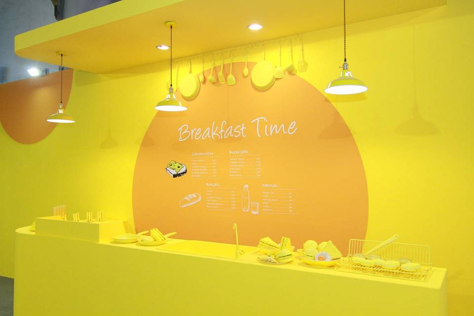 活力滿點的黃色早餐店